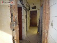 Rekonstrukcie bytov,stierky,omietky,malovky,sadrok