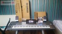 Yamaha Tyros 5 76-Key Arranger Workstation Keyboar