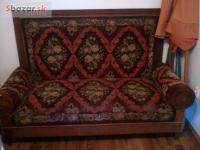Starodávna kanapa