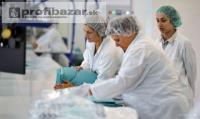 Práca pri balení zdravotníckeho materiálu