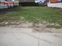 Stavebný pozemok na predaj - 14 km od Bratislavy